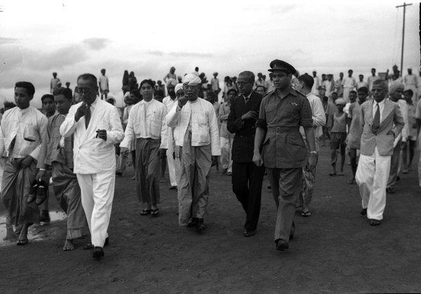 နိုင်ငံခြားရေးဝန်ကြီး ဦးဧမောင်၏  ၁၉၄၉ အိန္ဒိယခရီးစဉ်
