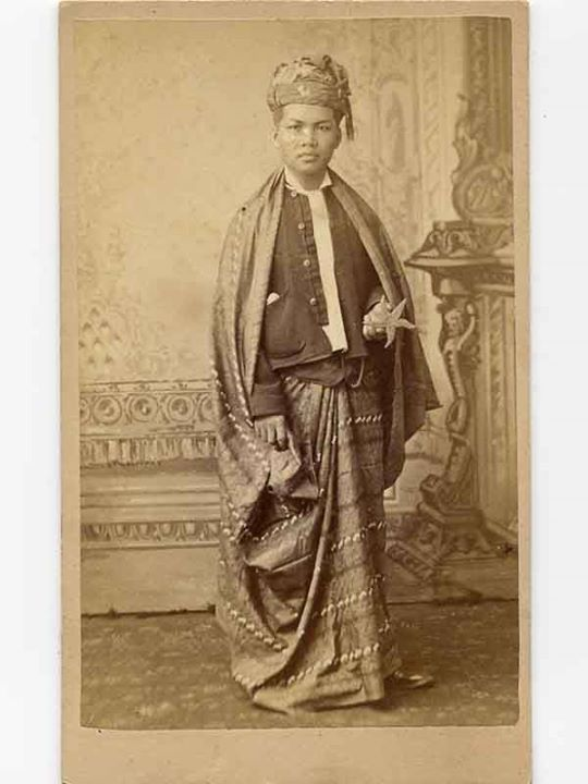 Kolia San Thabue, one of the first students from Burma to the United States