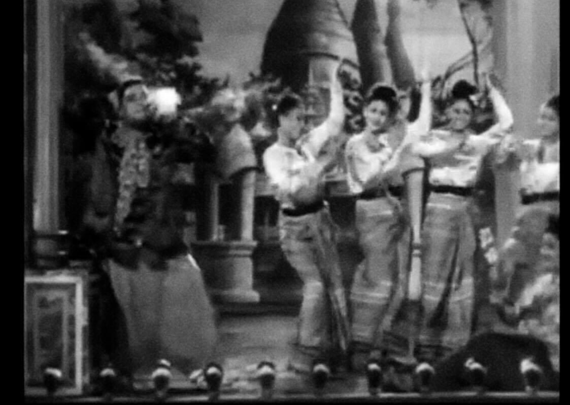 Mere Piya Gaye Rangoon (ကျွန်မခင်ပွန်း ရန်ကုန်ကို သွားတယ်)